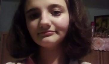 Disperare pentru o familie din Prahova! Fiica lor de 13 ani a disparut de acasa