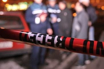 Alerta in Brasov! Un barbat a fost injunghiat si abandonat intr-o balta de sange intre blocuri. Agresorul este cautat