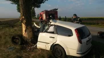 Accident de proportii in Telorman! Un barbat de 33 de ani a murit pe loc. Masina in care se afla s-a rupt in doua