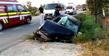 Accident grav in Salaj! O persoana a murit dupa ce doua autoturisme s-au ciocnit!