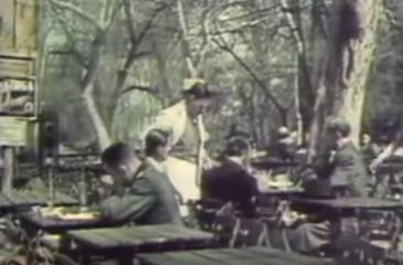 Imagini de colectie! Uite cum se distrau bucurestenii in timpul celui de-Al doilea Razboi Mondial!