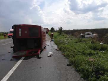 Accident soldat cu doi morti si patru raniti in Ialomita. Autoritatile au activat planul rosu de interventie