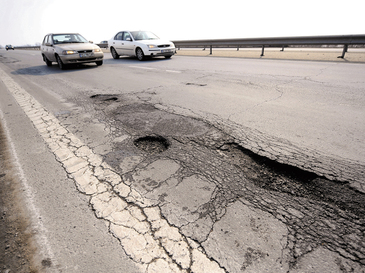 Drumurile proaste din Romania alunga investitorii! Un gigant a renuntat la tara noastra si a ales Ungaria