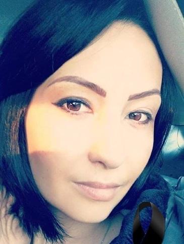 Simina, femeia care se lupta de 8 ani cu cancerul, a murit tinuta de mana de fetitele ei
