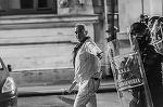 "Primele cuvinte! Cum explica barbatul in alb interventia in forta a Jandarmeriei din Piata Victoriei: ""Pentru ca mi-ai omorat oamenii, d-aia va batem. P***a ma-tii de nenorocit!"""