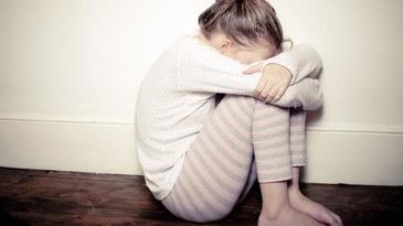 Un manelist a scapat basma curata dupa ce a violat, impreuna cu un prieten, o fetita de 12 ani! Familia copilei este revoltata!
