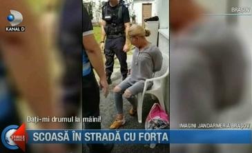 Evacuare cu scandal la Brasov! O femeie a fost scoasa in strada cu tot cu cei 9 caini ai ei