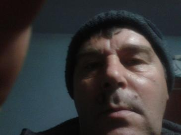Crima ingrozitoare la Pucioasa! Un bolnav psihic si-a lovit unchiul in cap cu o caramida pana l-a omorat