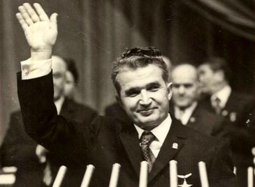 A fost dezvaluit salariul lunar al lui Nicolae Ceausescu. Suma incredibila pe care o incasa dictatorul