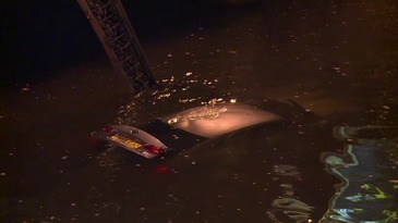 Un barbat a plonjat cu masina in Dambovita in zona podului Timpuri Noi