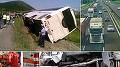 Dezastru! Un autobuz plin cu romani, lovit in plin de un TIR, pe autostrada! Sunt mai multe victime
