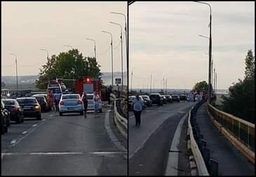 Accident pe autostrada, la Cernavoda! Un barbat a murit dupa ce a intrat cu masina in parapet