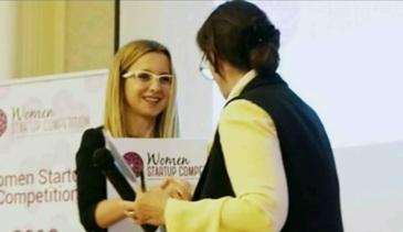"""""""Secretara"""" din telefon! O tanara din Cluj a creat o aplicatie extrem de apreciata de straini"""