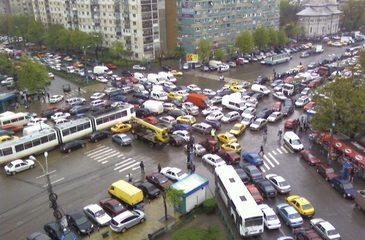 Modelul occidental funcţionează! Cum poate fi rezolvată problema traficului din Bucureşti