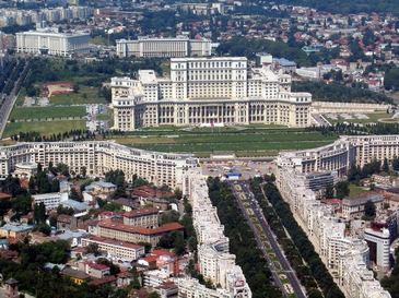 Turistii straini sunt vrajiti de Bucuresti, insa autoritatile nu fac nimic pentru a mari numarul lor. Promovarea e aproape inexistenta