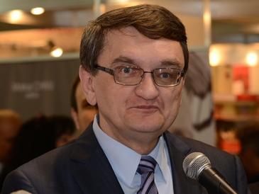 Veniturile lui Victor Ciorbea au explodat în ultimul an! Avocatul Poporului ar putea câştiga aproape 12.500 euro pe lună!