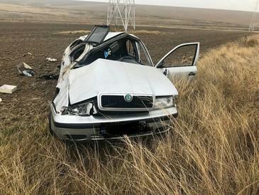 Accident teribil în Constanţa! O femeie de 29 de ani a murit după ce s-a răsturnat cu maşina pe care o conducea