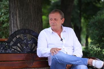 Adio, Ilie Balaci! Rămâi pe stirilekanald.ro ca să afli, pas cu pas, tot ce se întâmplă în ziua în care România se desparte de marele fotbalist al Universităţii Craiova