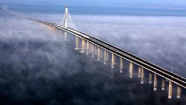 Cel mai lung pod maritim din lume, ridicat in China! Ce lungime are constructia care a costat peste 20 de miliarde de dolari!