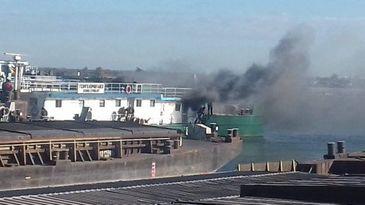 Incendiu în portul Constanţa! Cinci persoane au suferit atacuri de panică