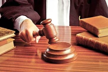 Curtea Constitutionala a decis. Primarii condamnati cu suspendare isi vor pierde mandatele