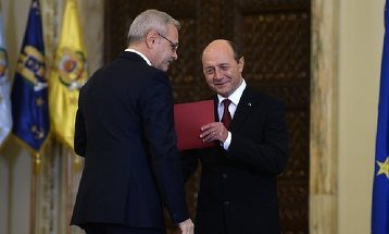 """Traian Basescu, replica dura pentru Liviu Dragnea si colegii sai de partid. """"PSD e cel mai mare focar de pesta porcina africana. Si cand ma gandesc ca boala nu se trateaza..."""""""