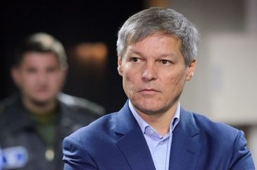 Cioloş, scrisoare către România: Vă rog să nu vă lăsaţi păcăliţi de un referendum organizat de un politician condamnat pentru că a furat la un alt referendum