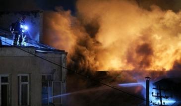 Incendiul de la Moscova, soldat cu 16 morţi, a fost stins; 12 oameni au fost salvaţi din flăcări