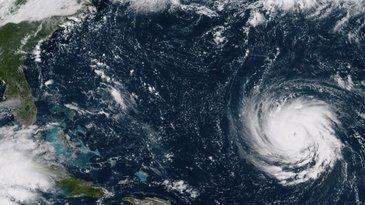 Sunt evacuari in masa in statele americane ce urmeaza sa fie lovite, in aceasta nopate, de uraganul Florence!