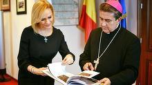 Colectia incredibila de cruciulite a Gabrielei Vranceanu Firea! Actualul primar este o femeie foarte credincioasa