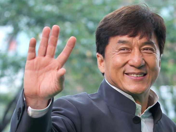 Cum arata fiica secreta a lui Jackie Chan. Tanara face dezvaluiri incendiare pe retelele de socializare