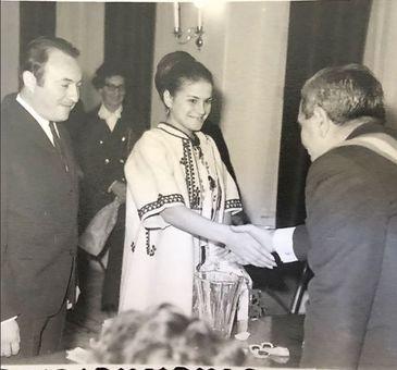 """Ionela Prodan nu s-a maritat niciodata dupa decesul primului barbat! Toni Antohi i-a fost doar partener de viata cantaretei, desi ea il numea """"al doilea sot""""!"""