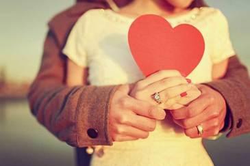 Aceste zodii nu vor avea parte niciodata de dragoste adevarata! Aceste femei vor fi condamnate toata viata sa iubeasca pe cine nu trebuie