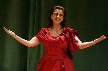 Felicia Filip are venituri uriase din salarii, pensie si drepturi de autor! Celebra soprana incaseaza 3.700 de euro pe luna!