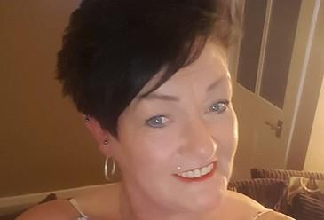 O femeie a fost socata sa afle ca are cancer la plamani dupa ce a publicat o fotografie pe o retea de socializare. Care a fost indiciul