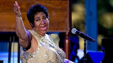 Aretha Franklin a murit! A hranit milioane de suflete cu piesele sale. Artista a pierdut lupta cu cancerul