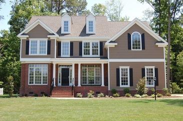 Decorare pereti: Ce sa faci daca vrei sa-ti infrumusetezi exteriorul casei