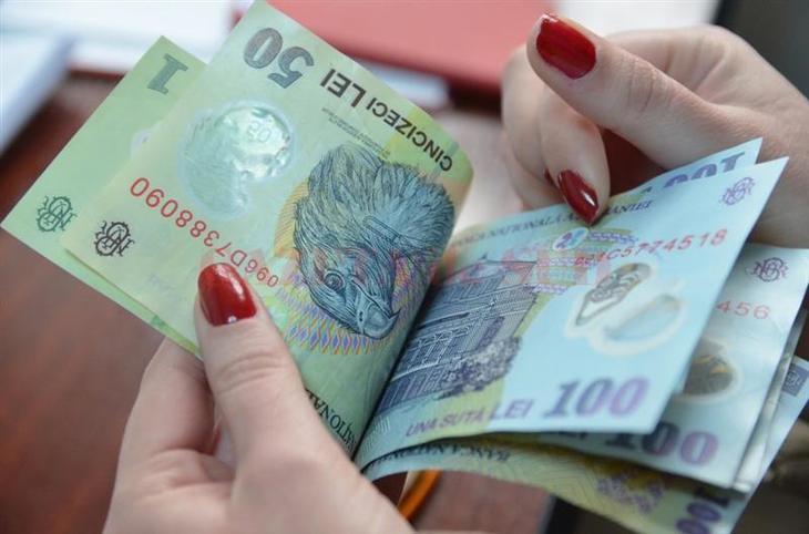 Guvernul pune in asteptare cresterea salariului minim pe economie, chiar daca asta reprezenta o prioritate pentru alesii Statului