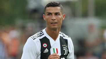 Ronaldo si Juventus, sub asediu in Spania! Ce i-au facut fanii Valenciei!
