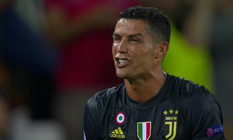 """Sora lui Cristiano Ronaldo ii ia apararea dupa seara neagra a lui din Champions League! """"Vreti sa imi distrugeti fratele?"""""""