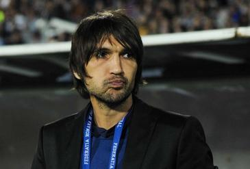 """Scandal urias la Dinamo! Dan Alexa va fi pus in locul lui Bratu la echipa? Ce spun insa fanii """"cainilor rosii""""!"""