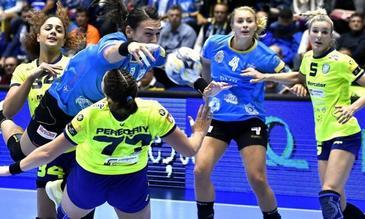 CSM Bucureşti – FTC Budapesta, scor 36-31, în primul meci din grupa D a Ligii Campionilor la handbal feminin