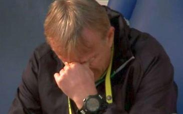 Cutremurător! Emil Săndoi a plâns în hohote pe bancă la meciul cu Farul Constanţa