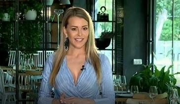 Sotia lui Dan Petrescu arata splendid la cei 42 de ani ai sai! Afla-i secretul din Codul Fericirii!