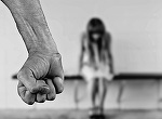 """Minora din Brasov """"agatata"""" de pe Facebook, violata si talharita intr-o singura noapte la Bucuresti!"""