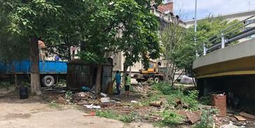 A inceput demolarea magaziilor si baracilor amplasate ilegal. Care au fost primele constructii demolate de pe spatiile publice
