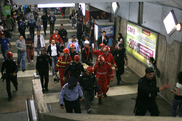 Tragedie la metrou! Un barbat de 30 de ani a fost decapitat la statia de metrou Nicolae Teclu din Capitala