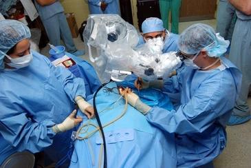 Execuţia şcolii româneşti de transplant hepatic costă un miliard