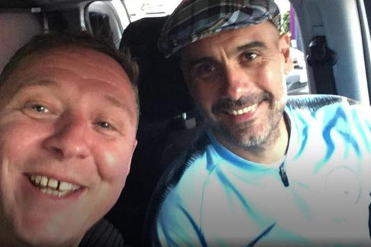 VIDEO | Incredibil! Un fan al lui Manchester City l-a transportat pe Pep Guardiola cu dubiţa la hotel