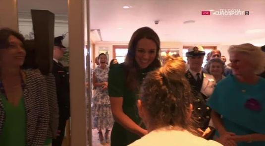 Moment incredibil după finala de la Wimbledon. Halep, reverenţă pentru Kate Middleton. Ce i-a spus Ducesa româncei